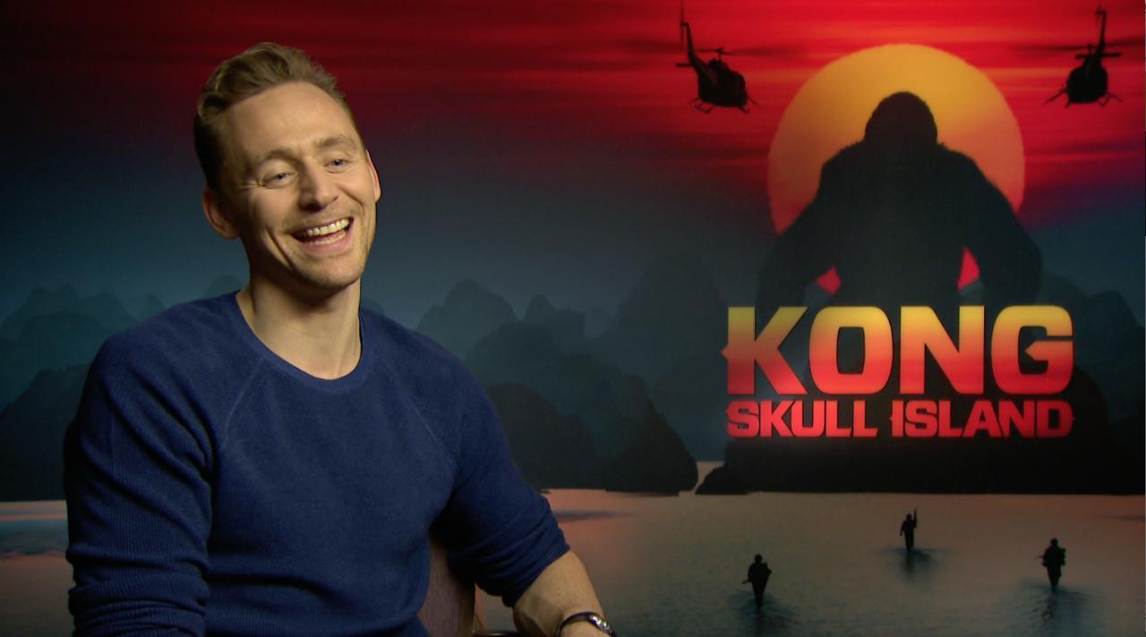 """Tom Hiddleston (Kong : Skull Island) : """"L'image de King Kong escaladant l'Empire State Building"""", c'est toute son enfance !"""