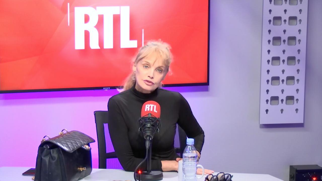 """Arielle Dombasle balance sur les éliminations de Danse avec les stars : """"Il y a beaucoup de paramètres secrets"""""""